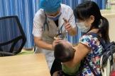 """【南宁手机台】@南宁家长,亲宝宝是爱的表现?警惕孩子得了""""亲吻病"""""""